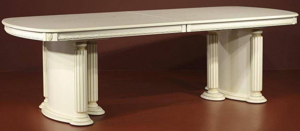 Прямоугольный деревянный обеденный стол массив